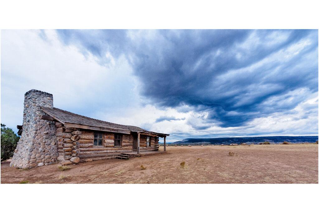 City Slickers Cabin near Ghost Ranch